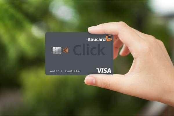 Cartão da Itaú click visa platinum